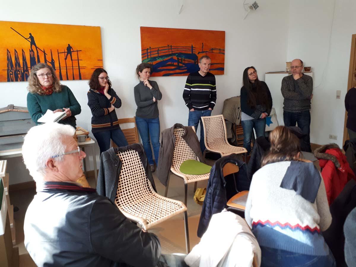 interdisziplinäre Gruppe bein MAKOM 03