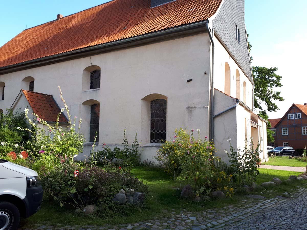 Blühende Kirche 3
